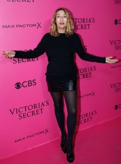 alexandra-golovanoff-victorias-secret-red-carpet-4chion-lifestyle