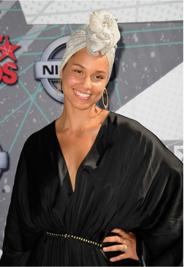 Alicia Keys Natural Look