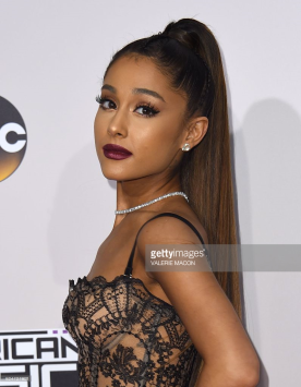 ariana-grande-red-carpet-amas-4chion-lifestyle
