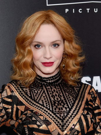 christina-hendricks-bad-santa-2-nyc-4chion-lifestyle-3