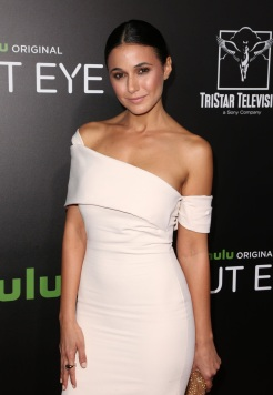 emmanuelle-chriqui-hulu-shut-eye-4chion-lifestyle