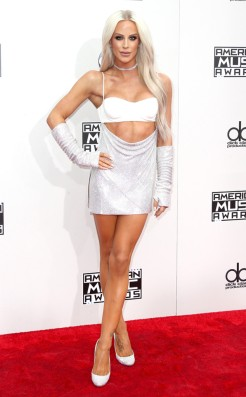 gigi-gorgeous-amas-red-carpet-4chion-lifestyle