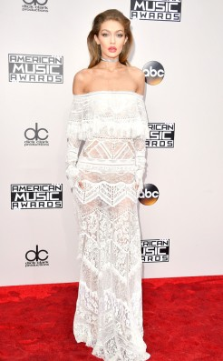 gigi-hadid-amas-red-carpet-4chion-lifestyle