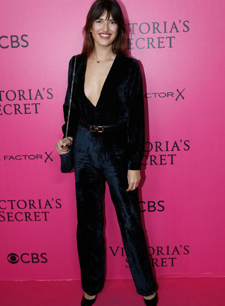 jeanne-damas-victorias-secret-red-carpet-4chion-lifestyle