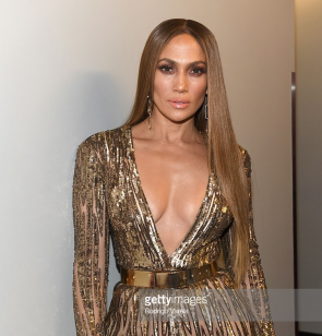 jennifer-lopez-latin-grammy-awards-4chion-lifestyle