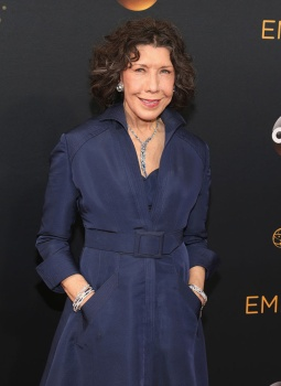 lily-tomlin-sag-life-achievement-award-4chion-lifestyle-emmys