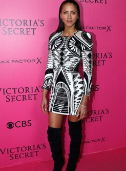 noemie-lenoir-victorias-secret-red-carpet-4chion-lifestyle