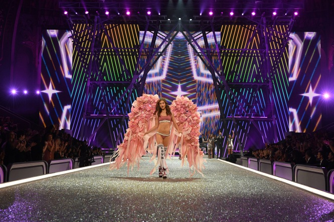 Pink Nation Victoria's Secret Paris Runway Fashion 4Chion Lifestyle