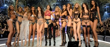Victoria's Secret Paris Runway Fashion 4Chion Lifestyle