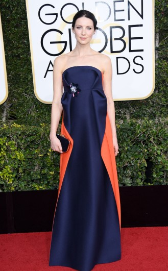 caitriona-balf-delpozo-golden-globes-award-4chion-lifestyle