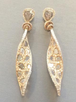Elizabeth Rodriguez SAG Awards Styling L'dizen by Payal Shah diamond earrings
