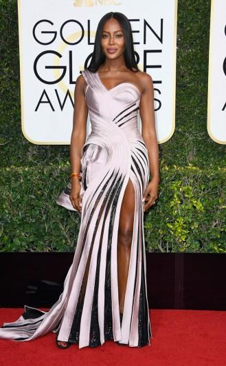 Naomi Campell Golden Globes Red Carpet