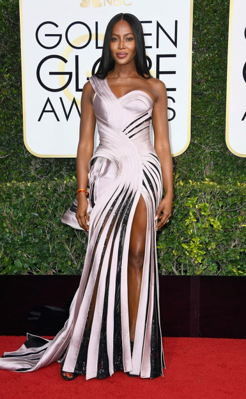 Naomi Campell Golden Globes Red Carpet