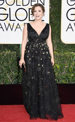 rachel-bloom-golden-globes-award-4chion-lifestyle