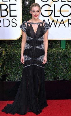 Riley Keough Golden Globes Red Capret