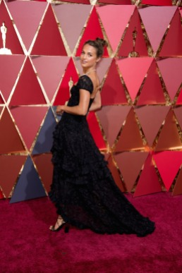 Alicia Vikander best dressed Oscars® 4Chion Lifestyle