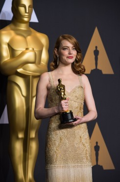 "Emma Stone poses backstage with the Oscar® for Performance by an actress in a leading role, for work on ""La La Land"" during the live ABC Telecast of The 89th Oscars® at the Dolby® Theatre in Hollywood, CA on Sunday, February 26, 2017."