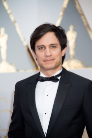Gael García Bernal, Oscar® presenter, and Luz Towns-Miranda arrives on the red carpet of The 89th Oscars® at the Dolby® Theatre in Hollywood, CA on Sunday, February 26, 2017.