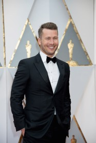 Glen Powell arrives at The 89th Oscars® at the Dolby® Theatre in Hollywood, CA on Sunday, February 26, 2017.