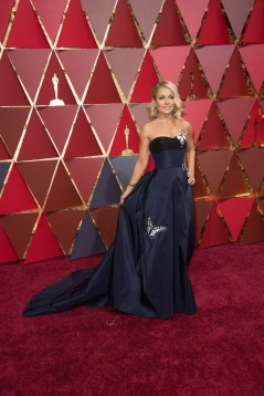Kelly Ripa arrives on the red carpet of The 89th Oscars® at the Dolby® Theatre in Hollywood, CA on Sunday, February 26, 2017.