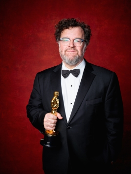 "Kenneth Lonergan poses backstage with the Oscar® for Original screenplay, for work on ""Manchester by the Sea"" during the live ABC Telecast of The 89th Oscars® at the Dolby® Theatre in Hollywood, CA on Sunday, February 26, 2016."