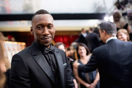 Mahershala Ali, Oscar® nominee, arrives on the red carpet of The 89th Oscars® at the Dolby® Theatre in Hollywood, CA on Sunday, February 26, 2017.