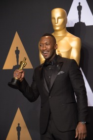 "Mahershala Ali poses backstage with the Oscar® for Performance by an actor in a supporting role, for work on ""Moonlight"" during the live ABC Telecast of The 89th Oscars® at the Dolby® Theatre in Hollywood, CA on Sunday, February 26, 2017."
