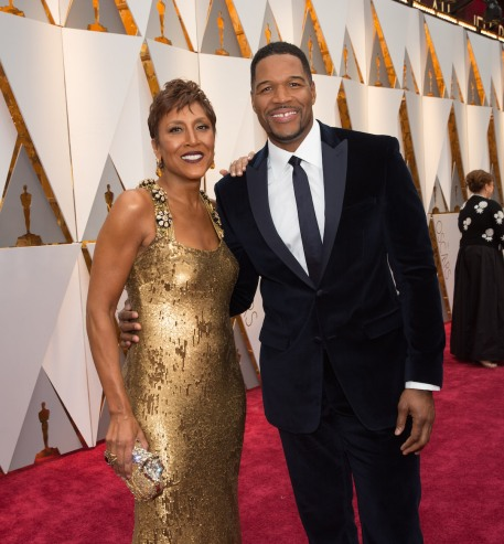 Robin Roberts and Michael Strahan arrives on the red carpet of The 89th Oscars® at the Dolby® Theatre in Hollywood, CA on Sunday, February 26, 2017.